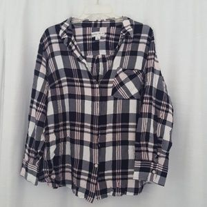 Ava & Viv plaid blouse 3X